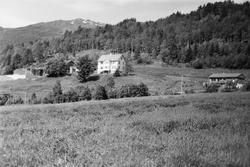 Dokumentasjonsbilder av Stavsengløa i Liabygda. Eksteriør, i