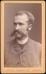 Portrett av ukjent mann med spesiell bart.