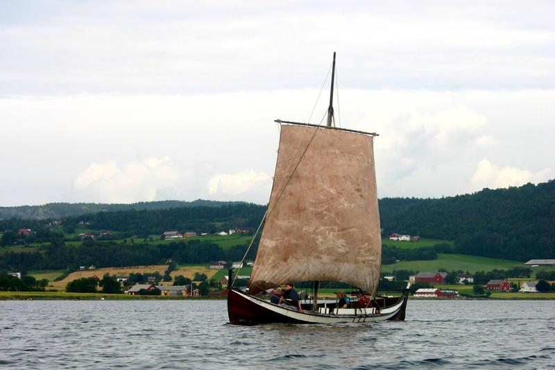 Læstabåten Rokkmølna, bygd 1989 (Foto/Photo)