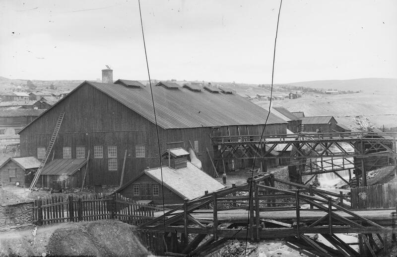 Smelthytta som stod ferdig i 1888 (Foto/Photo)