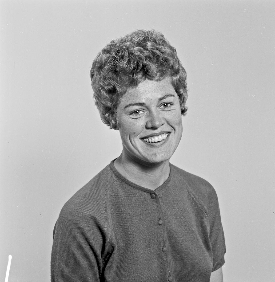 Portrett ung kvinne - bestiller Elisabeth Larsen