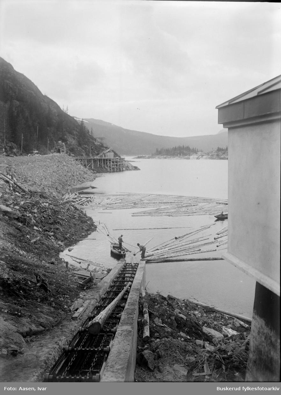 Tunhovdfjorden Tømmerrenna ved demningen