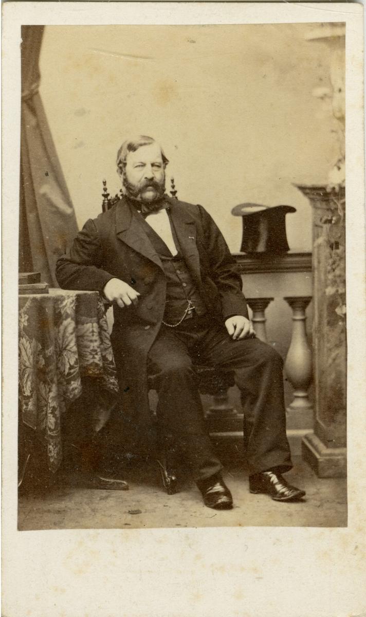 Porträtt av Constantin August Osbeck, officer vid Västmanlands regemente I 18.