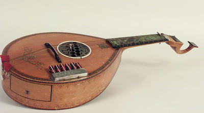 English Guitar