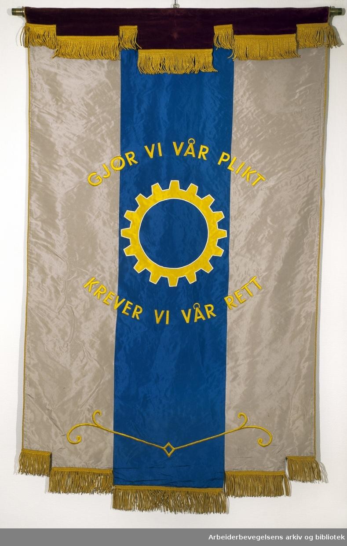 Oslo børstearbeideres forening..Bakside..Fanetekst:.Gjør vi vår plikt.Krever vi vår rett