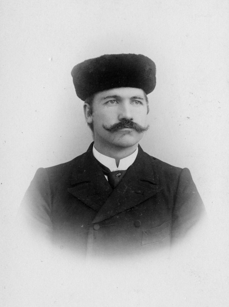 Lærer J.Hausø