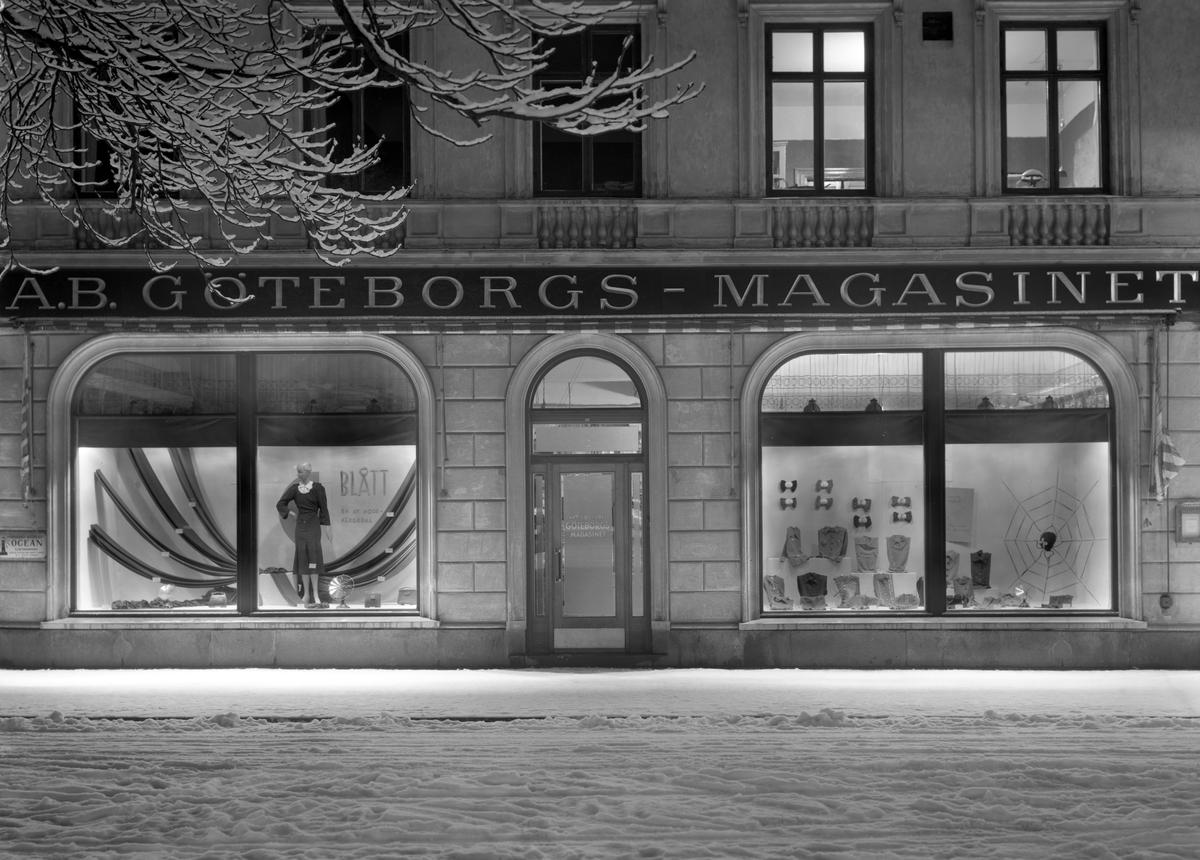 Göteborgs–Magasinet med butik på Kungsgatan 18 året 1937.