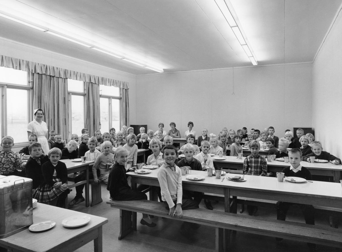 Fredricelundsskolan i mitten av 1960-talet.
