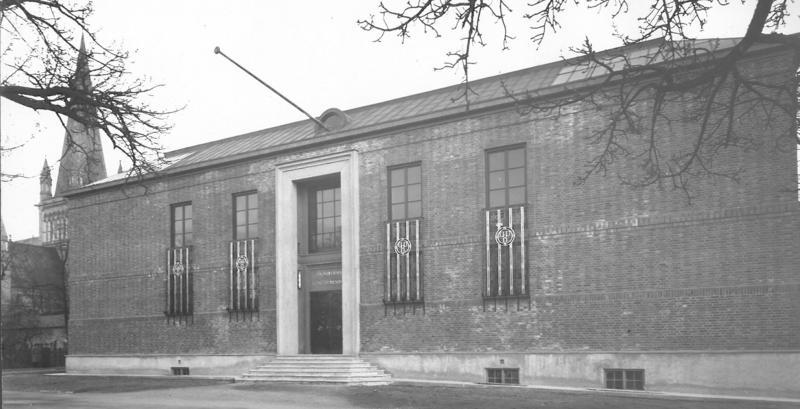 Hovedbygning Bispegata, fasade, 1930