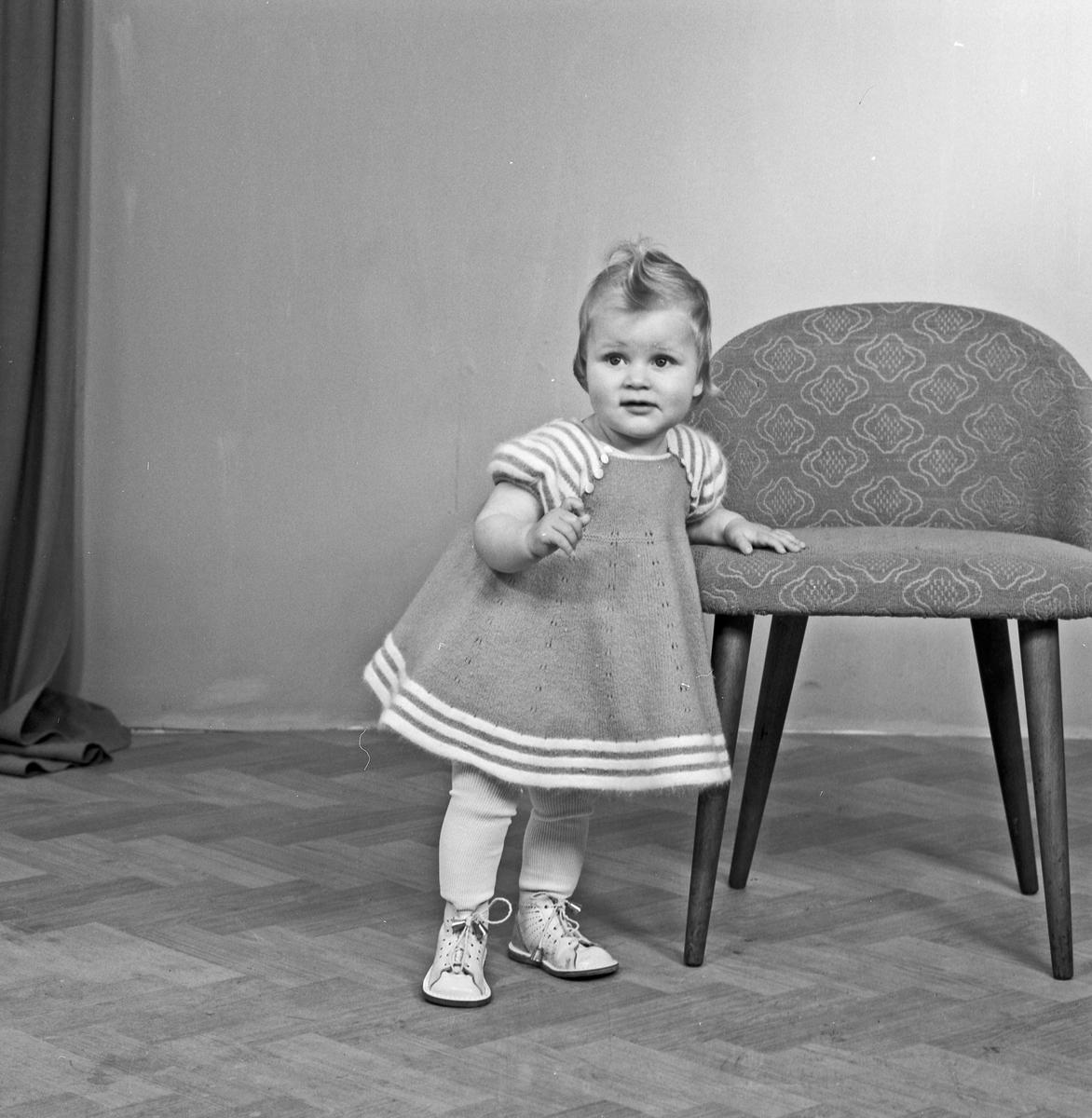 Portrett lita jente - bestiller Alma Strømme