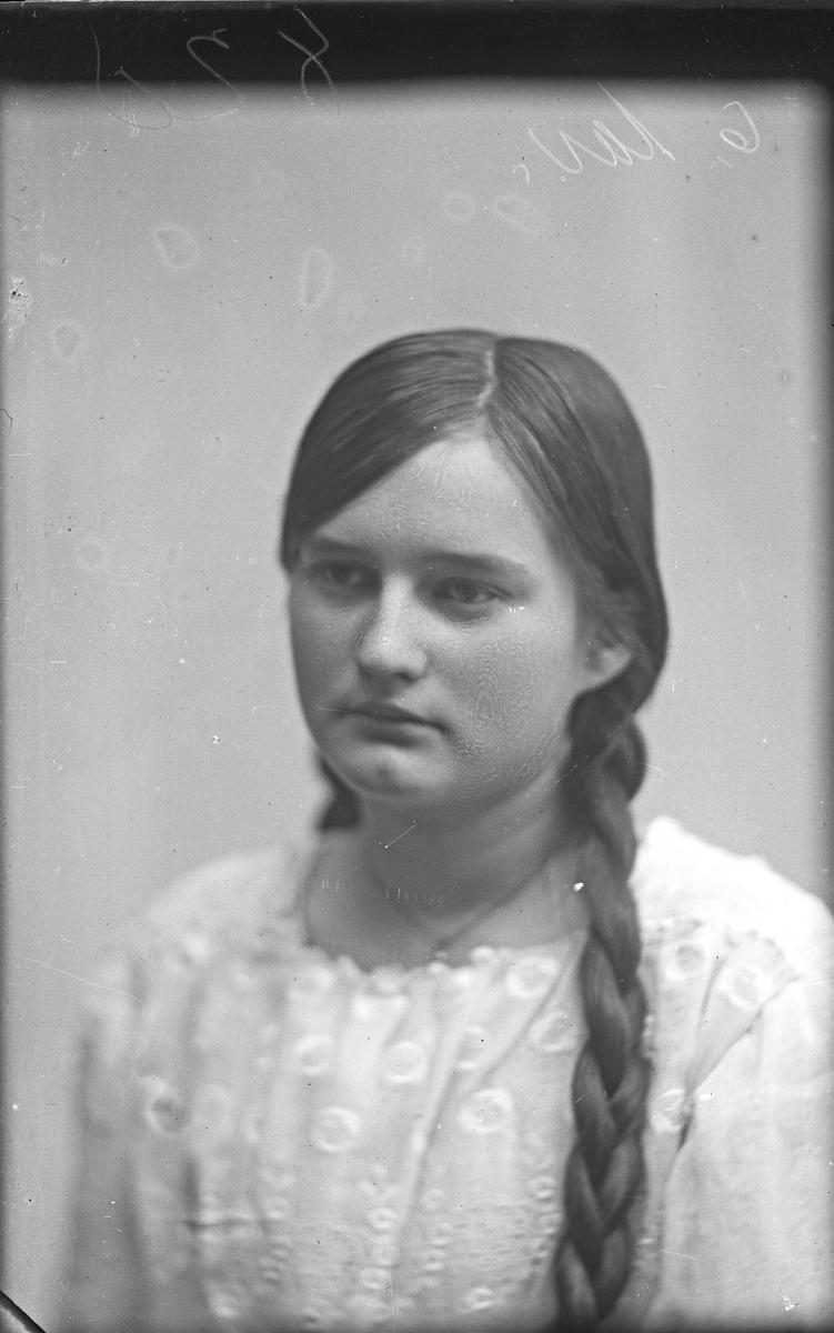 Portrett av frk. Hagland.