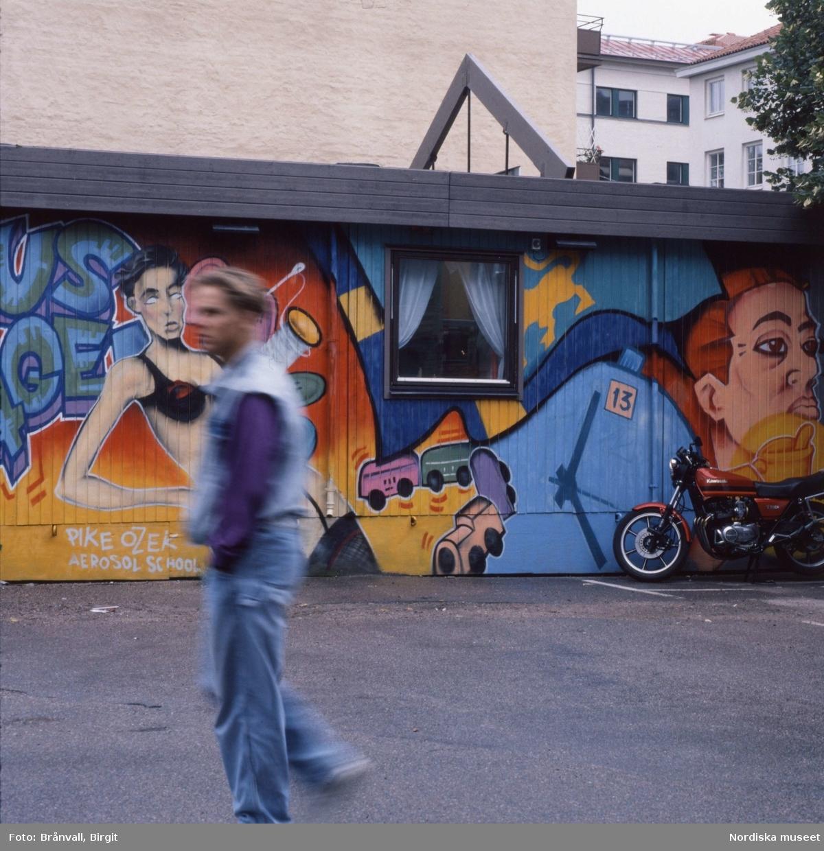 Väggmålning. Uppsala Centrum 1992