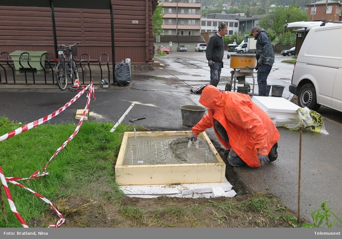 Kjelsåskiosken bygges, et prøverom ved Telemuseet på Kjelsås jernbanestasjon