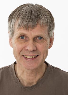 Portrett av konservator og seksjonsleder Bjørn Bækkelund.