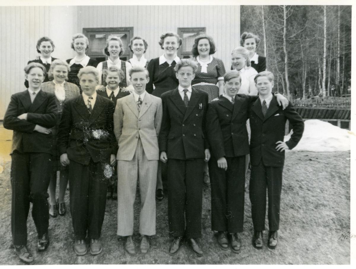 Skulebilete frå Framhaldsskulen på Garthus 1950-51.