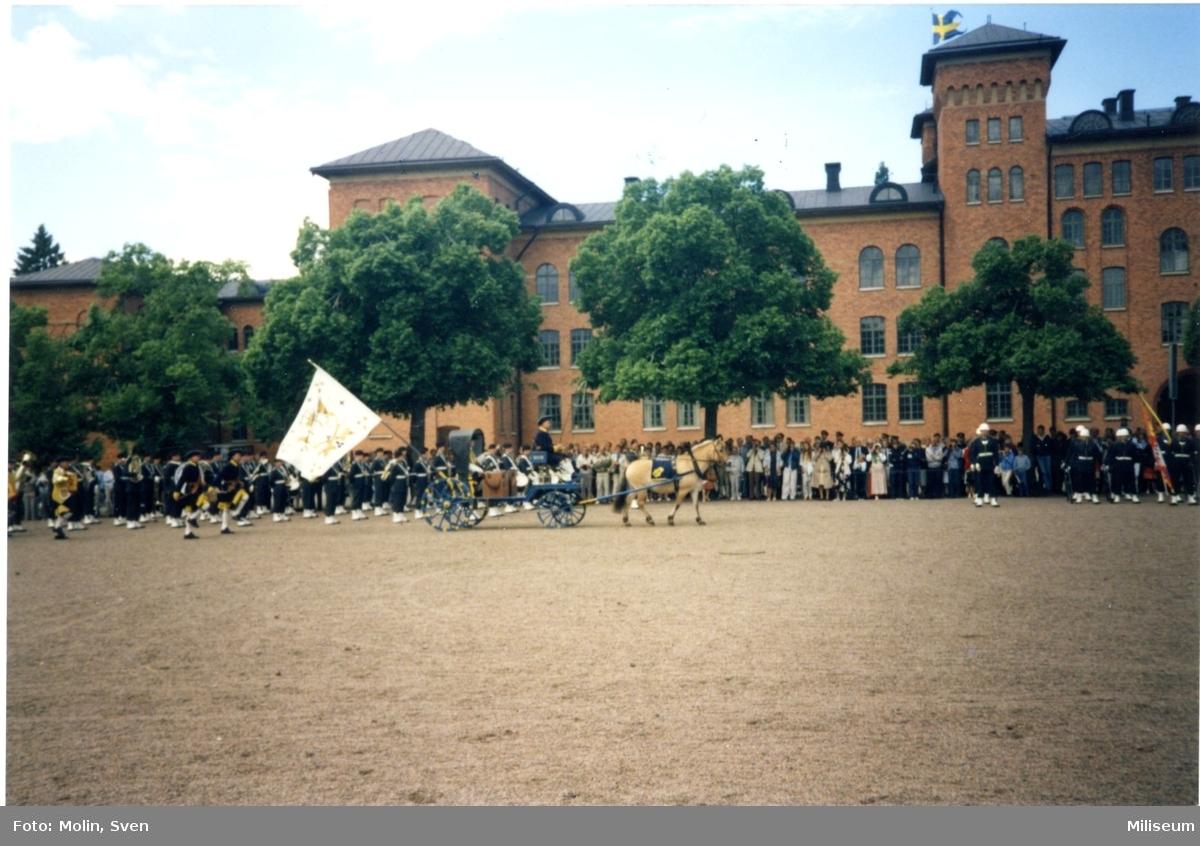 Avskedsceremoni, A 6. Smålands karoliners pukvagn.