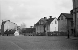 Nygatsbacken sedd mot öster i höjd med Barnhemsgatan. Backen