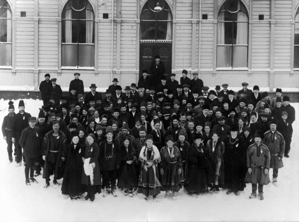 First_Sami_National_Convention_Trondheim_1917.jpg. Foto/Photo