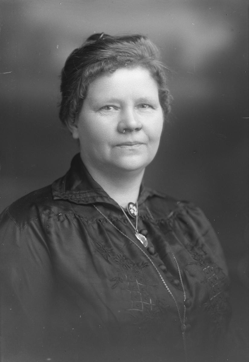 Fru Olsson, Nedre Bergsgatan 26, Gävle