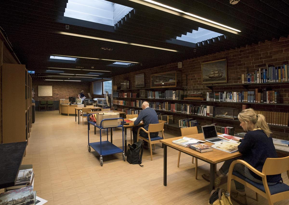 Bibliotek03.jpg