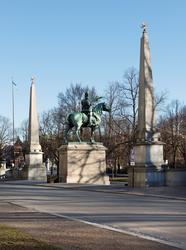 Nordiska museet, ryttarstatyn, obelisken Karl den X Gustav