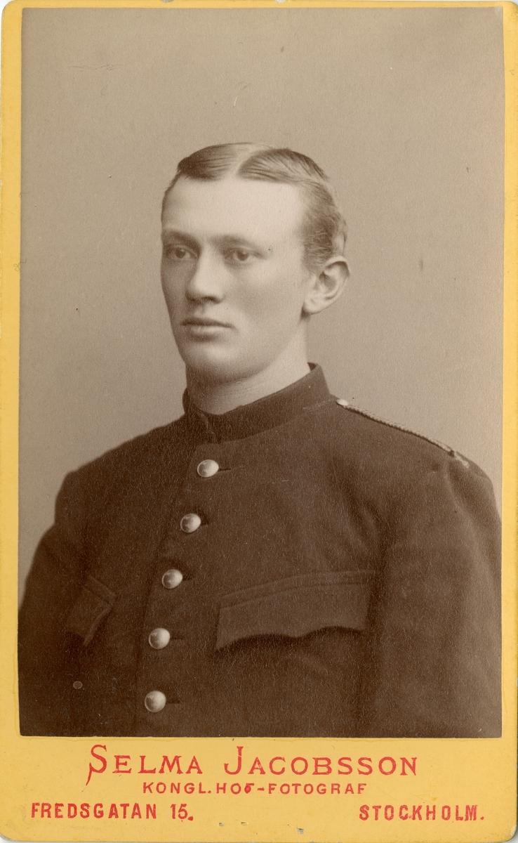 Porträtt av Axel Gotthilf Nathanael Brunnström, officer vid Skånska husarregementet K 5. Se även bild AMA.0006880 och AMA.0009694.
