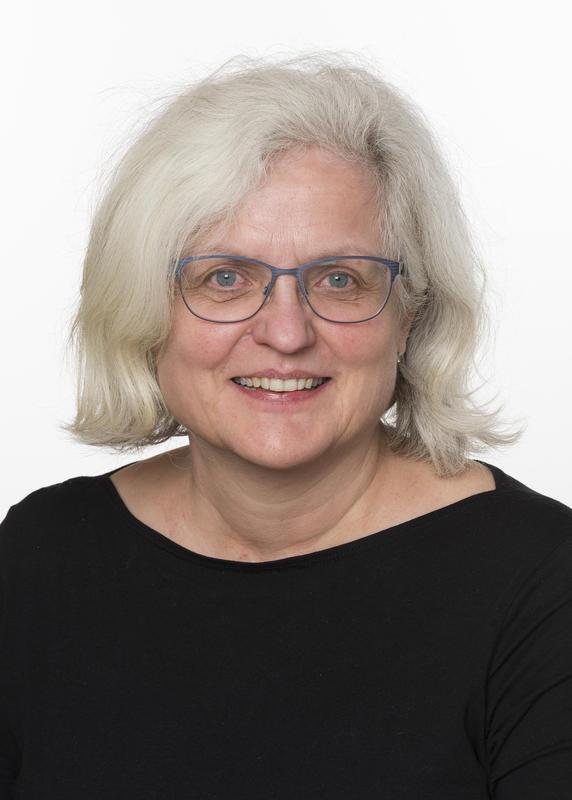 Førstekonsulent, salg, artikkelskriving ved Musea i Nord-Østerdalen Maren Kværness Halberg.