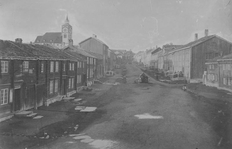 Bergmannsgata på Røros ca. 1865 (Foto/Photo)