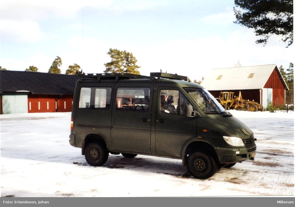 Minibuss. Västra lägret i Skillingaryd.