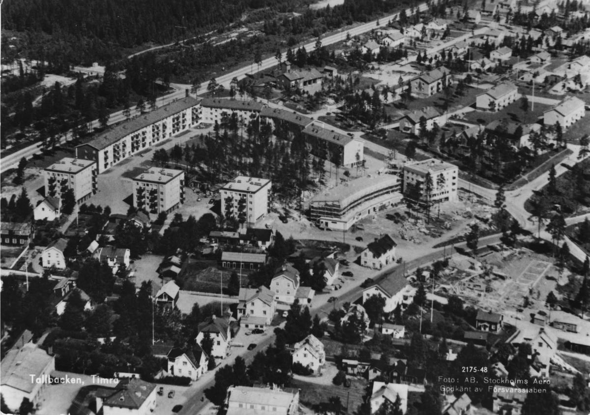 Flygbild över bostadsområdet Tallbacken i Vivsta, Timrå. Vykort.