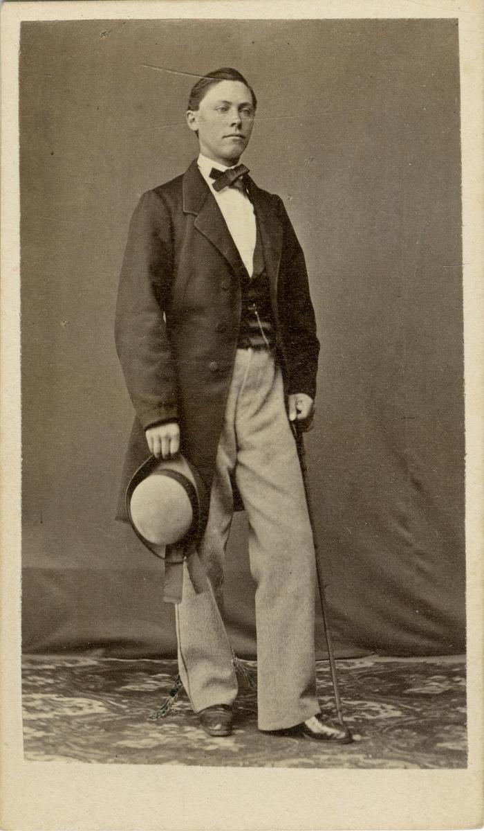 Porträtt av Johan Daniel Hadorph, löjtnant vid Svea livgardet I 1.