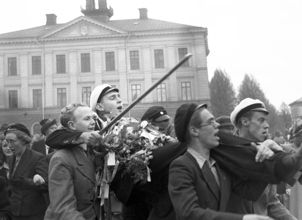 Studenter på Rådhustorget. Den 3 Juni 1941