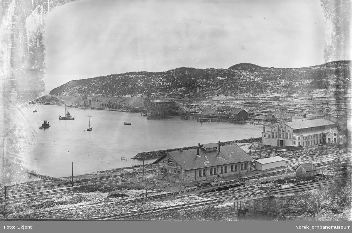 Utbyggingen i Narvik, LKABs verkstedområde og malmkaier
