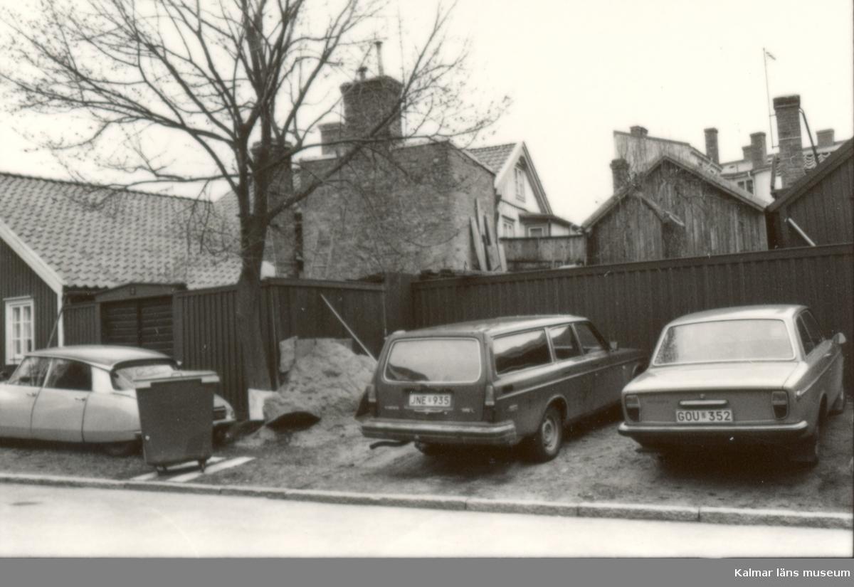 Kv Bläckan 7, Norra Vägen 2.  Foto från öster.