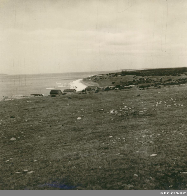 Gravfält vid stenbrottet i Grythamn.