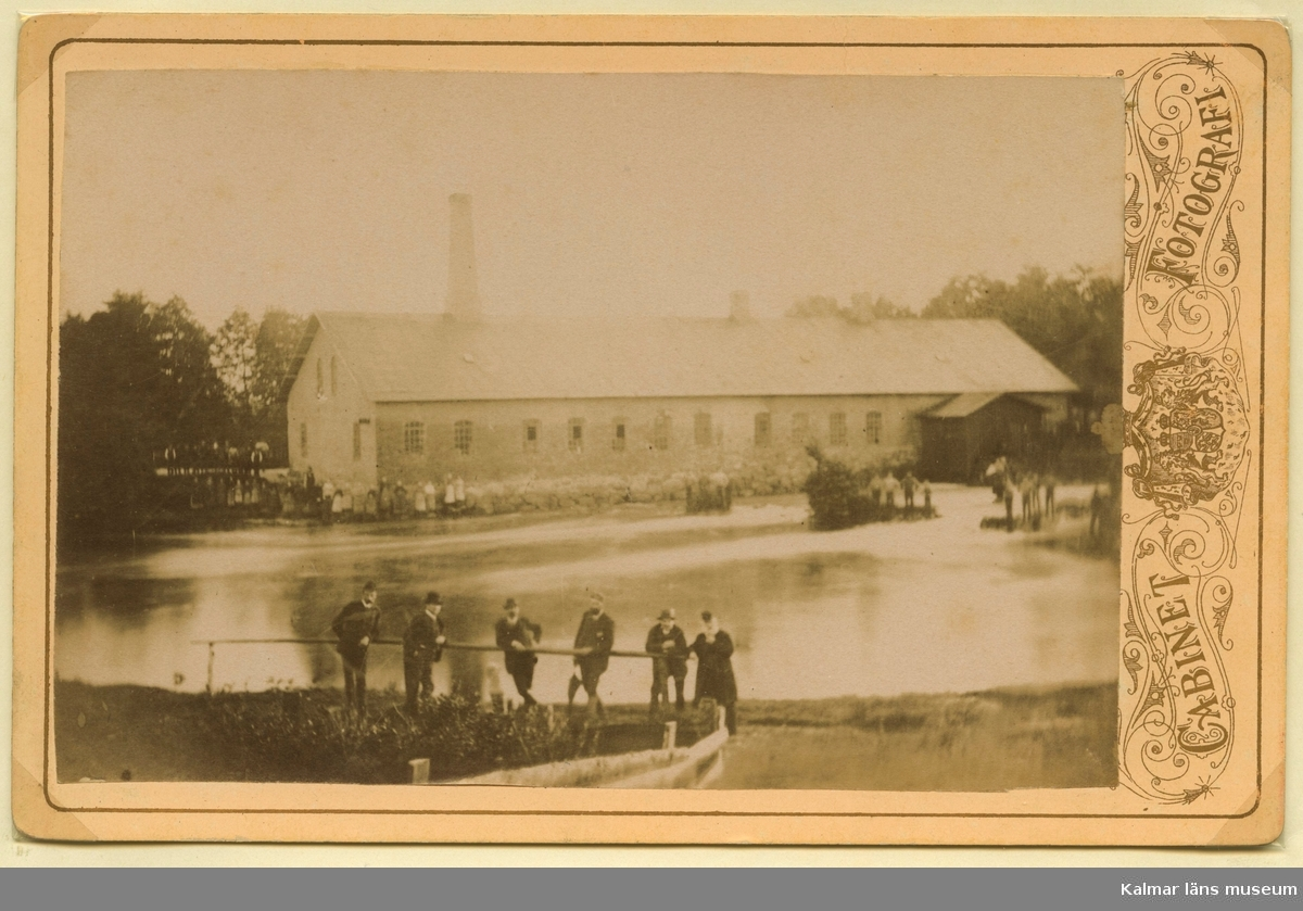 Lovers tändsticksfabrik i Loverslund i Hagby och Voxtorps socken i Kalmar län, nedlade sin verksamhet i maj 1918. Tillhörde svenska tändstick AB som år 1924 försålde fabriken till privat ägare. Fabriken senare innehavd av Kalmar Konservfabrik i Loverslund.