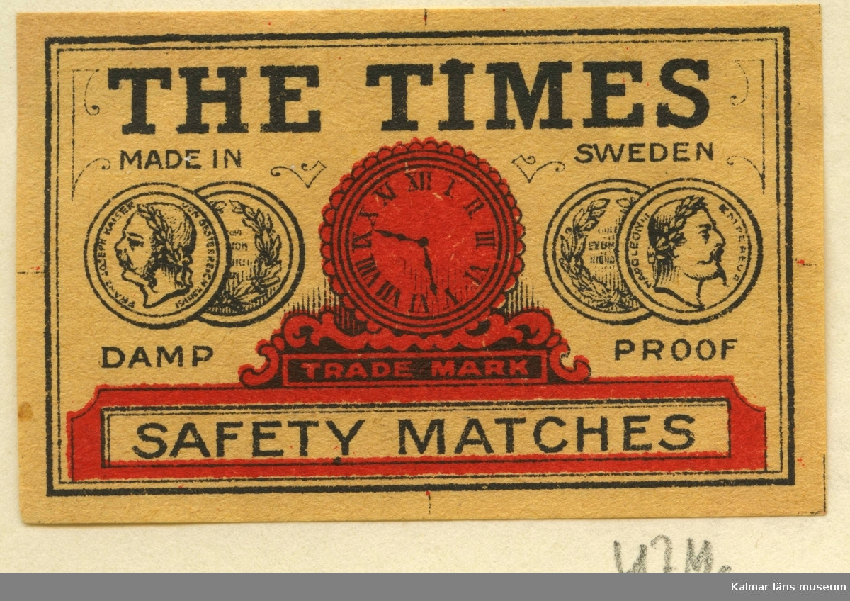 """Tändsticksetikett från Mönsterås Tändsticksfabrik, """"The Times Damp Proof Safety Matches""""   Mönsterås har haft två tändsticksfabriker. Den första var Rosendahlsfabriken som anlades 1869 av apotekare Götvid Frykman (1811-1876). Frykman bodde i Kalmar och innehade apoteket i Borgholm 1842-1864. Fabriken lades ner 1887 men 1892 anlades en ny fabrik av Ernst Kreuger och hans bror Fredrik i London under firma E & F Kreuger i Kalmar. Detta skulle bli inledningen till Kreugerepoken inom den svenska tändsticksindustrin..  Under 1800-talet  tillverkades vid fabrikerna i huvudsak svaveltändstickor för export. Genom att också fosfor ingick i tändsatsen var de lättantändliga och orsakade ofta små bränder inom fabriken. Stickornas isättning i ramar gjordes för hand och var hälsovådlig för arbetarna, varför de måste passera vakten till tvättrummet som såg till att alla tvättade händerna före måltid och vid arbetets slut. Fosforångorna var också mycket skadliga särkilt för personer med dåliga tänder. Frykman som ägde Rosendahlsfabriken, sålde den till A M Lindqvist från Mönsterås. Lindqvist utökade rörelsen avsevärt, men tillverkningen omfattade bara fosfortändstickor. Mönsterås Tidning skriver i en artikel 1882 att fabriken hade 120 anställda och att priserna låg under Jönköpings. Efter konkursen 1887 lades fabriken ner.  (Uppgifterna hämtade från http://thoresmatches.se/tandsticksfabriker/monsteras_tandsticksfabriker.htm)"""