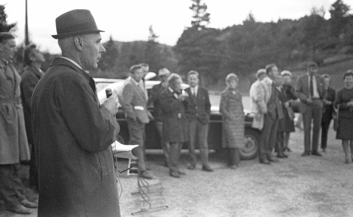 Møter i Høyre - september 1971. Del 1 av 2. Diverse møter i Haugesund og på Karmøy, inne og ute. Valg.