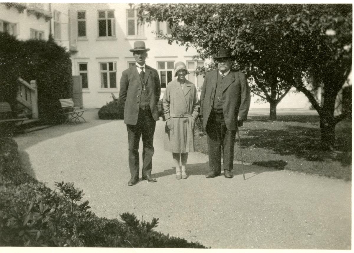 Olaus Islandsmoen, Elling Goplerud og Fru Marie Sørlie.