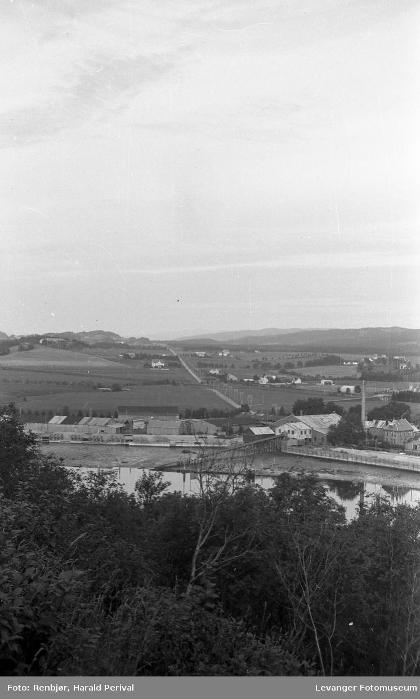 Utsikt over Levangersundet, mot Verdalsbruket.