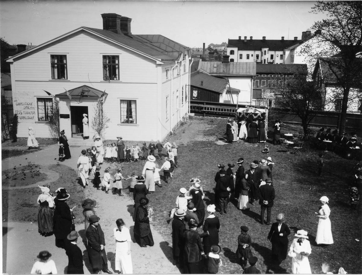 Hushållsskolan Södra Kungsgatan 31.  Våren 1915