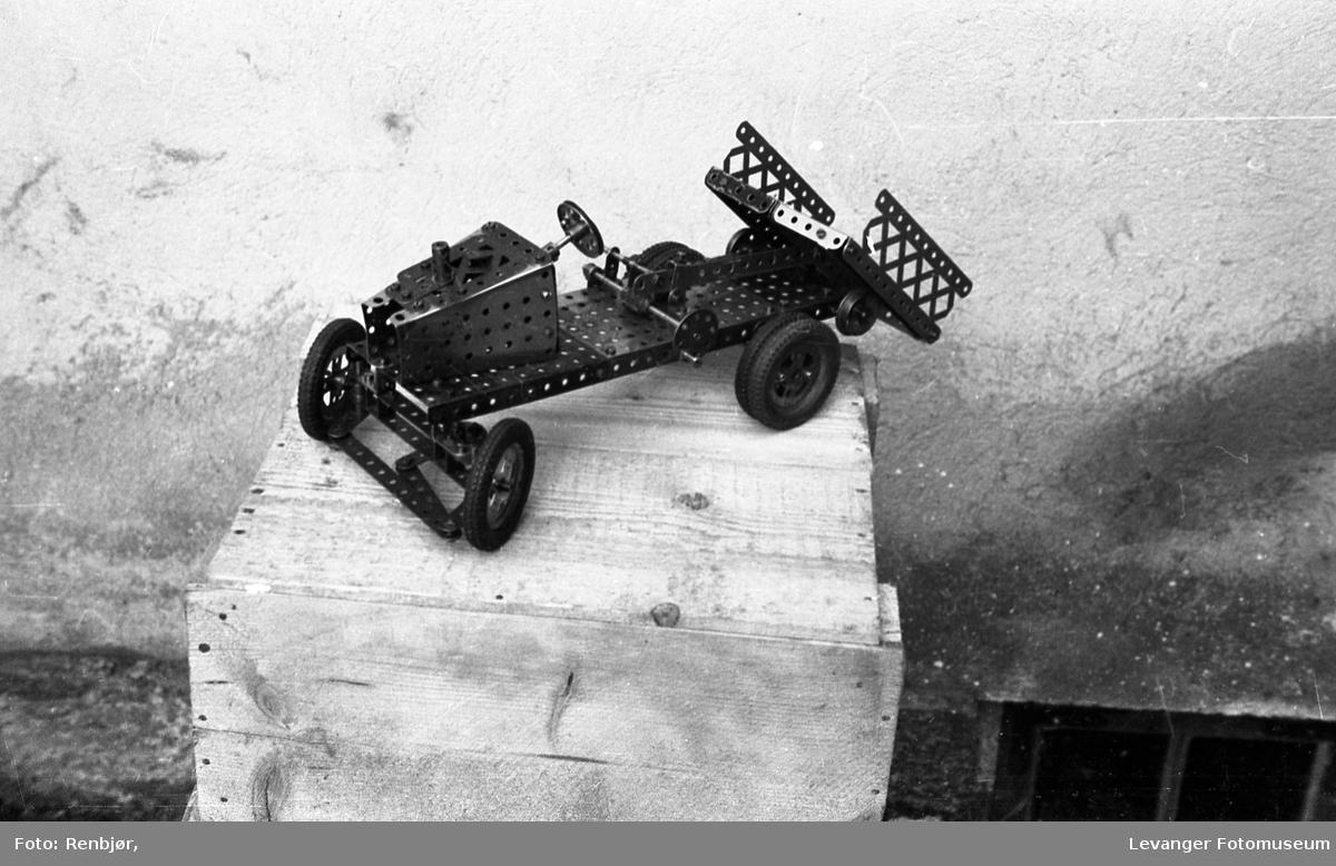 Modeller bygd av Meccano, laget av Per Renbjør selv.