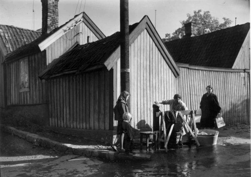 Klesvask på Enerhaugen. (Foto/Photo)