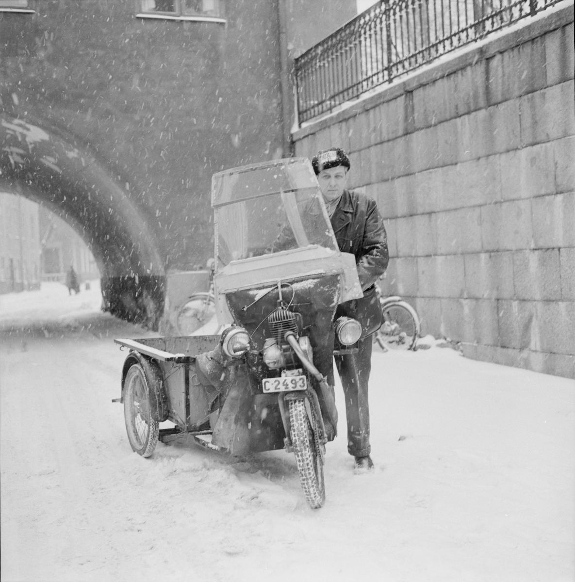 """Uppsala Stadsbudskontor - """"stadsbud nu och förr"""", Uppsala 1960"""