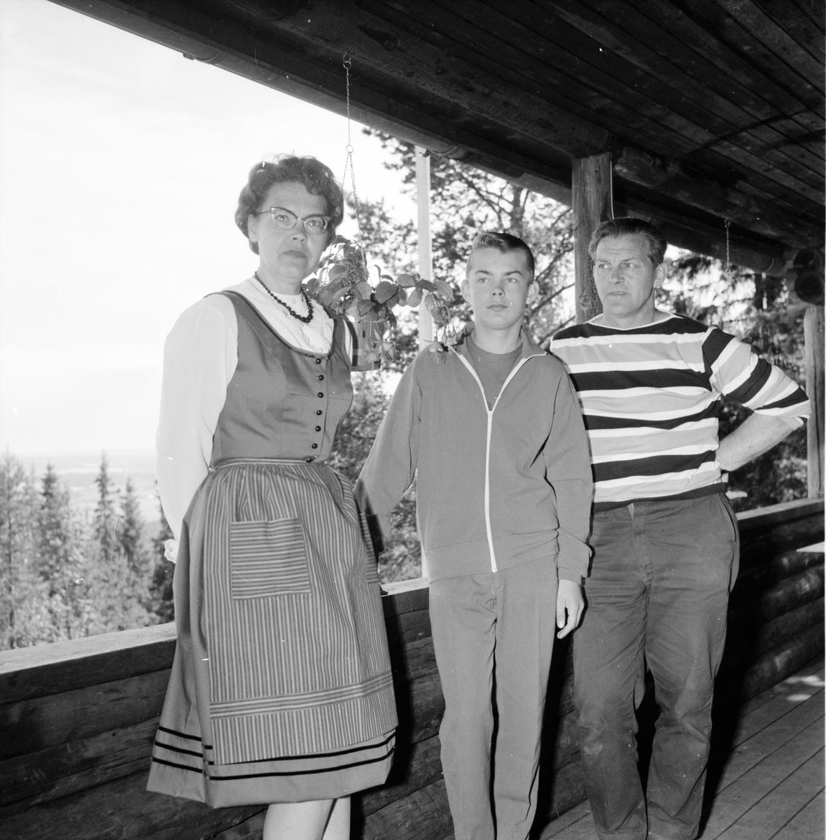 Vallsta, Åsbergsstugan, Renoverad, 1 Juli 1965