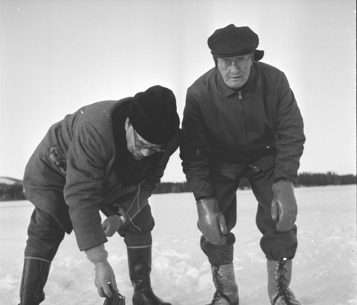 Ljusdal, Sikfiske på Hennansjön, Viksten,Sandbäck m.fl. 6 Jan 1965