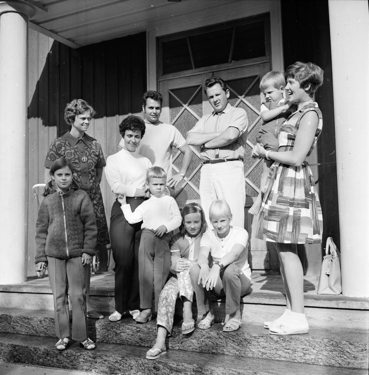 Stiftsgården, Familjesemester, Juli 1970
