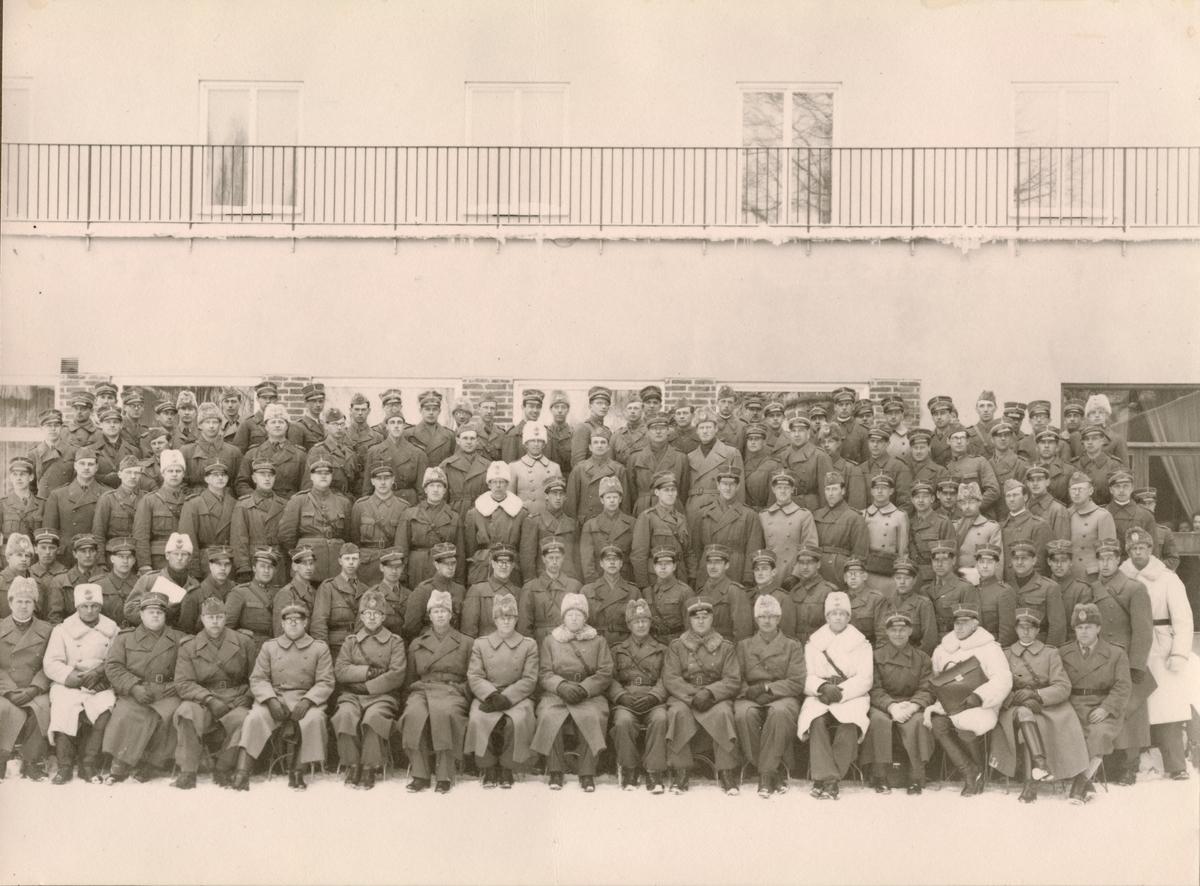 Gruppbild med soldater från Södermanlands regemente I 10.