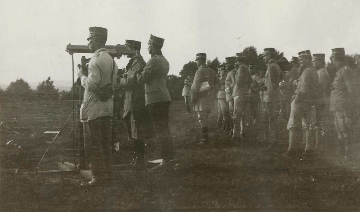 Övning med kulspruta m/1914.