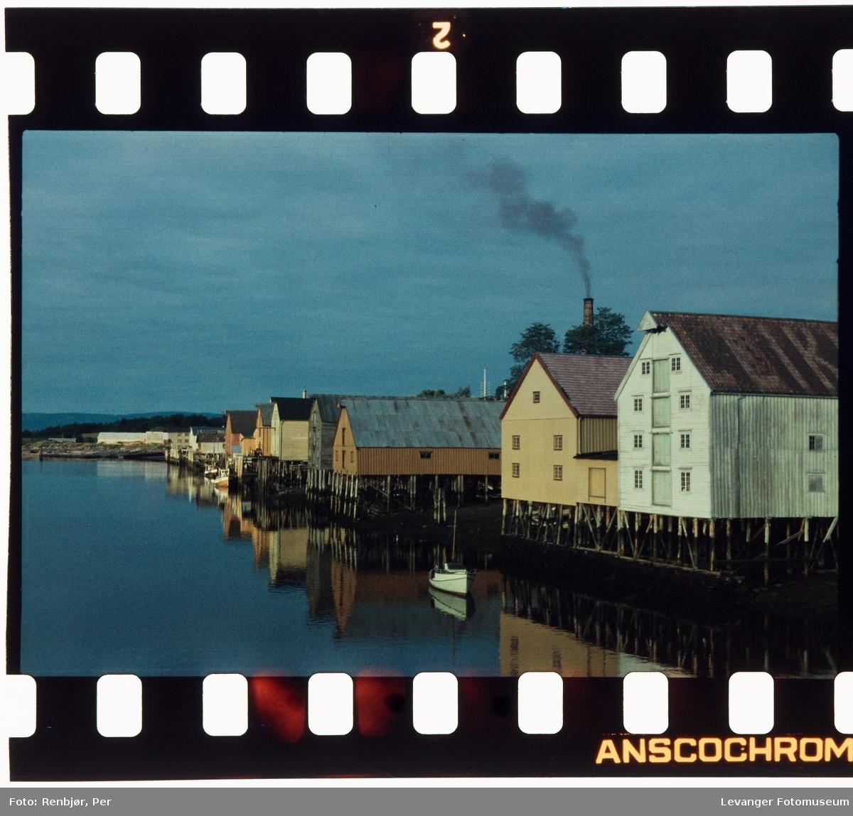 Bryggerekka i Levangersundet.